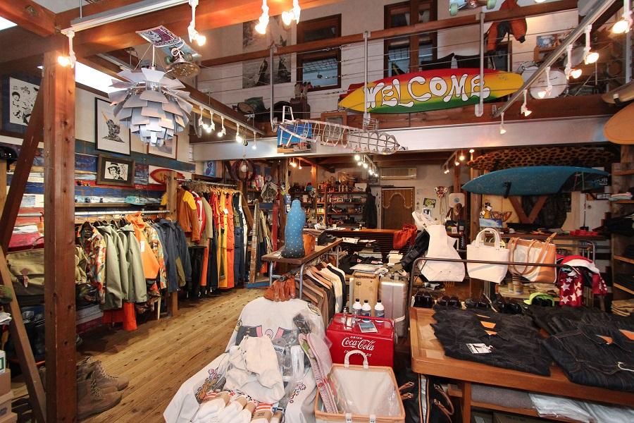 スタッドマフィン|店内|衣料雑貨