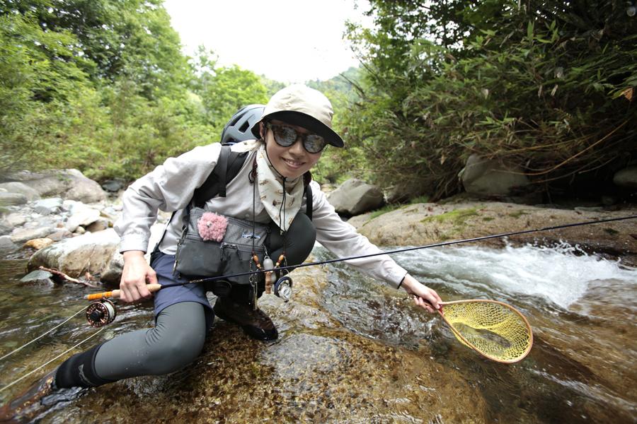 アウトドア|渓流釣り|マウンテンバイク|MTB|釣り|フライフィッシング|山ガール|釣りガール|道具|渓流|イワナ|岩魚