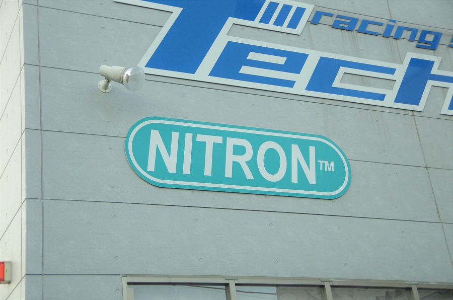 シュアラスター|surluster|ナイトロン|nitron|サスペンション|ゼロフィニッシュ|コーティング|洗車|リアショック