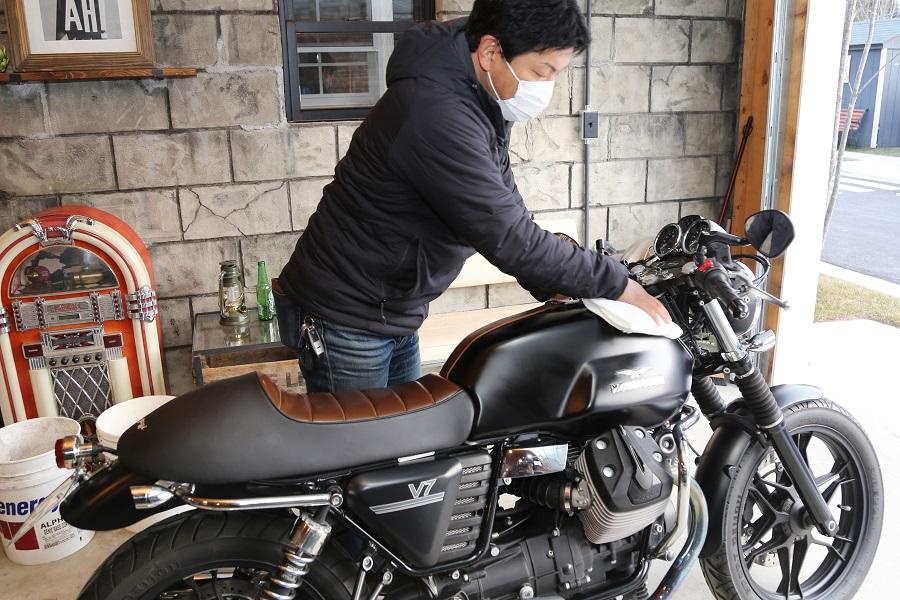 シュアラスター|surluster|ゼロフィニッシュ|洗車|コーティング|長野県諏訪郡|グリーンベル|モトグッツィ|motoguzzi|